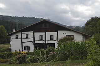 Itsasoko ondare baserriak: Uribar (1526 Areriako Alkate)