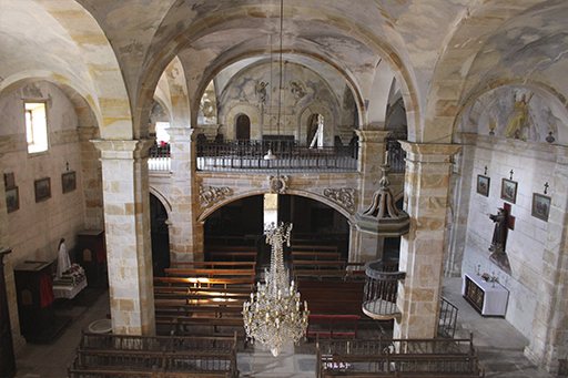 Itsasoko San Bartolome elizaren barrualdea