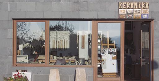 Pott Keramika ceramics studio in Itsaso